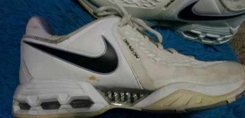 online store 20bcf f5f32 Nike Air Max Dragon Women s WHITE Sneakers Tennis Shoes Size 8.5.
