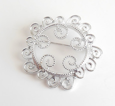 Vintage Sarah Coventry Lacy Swirls Swirled Round Silver Brooch Pin Jewelry - $9.95