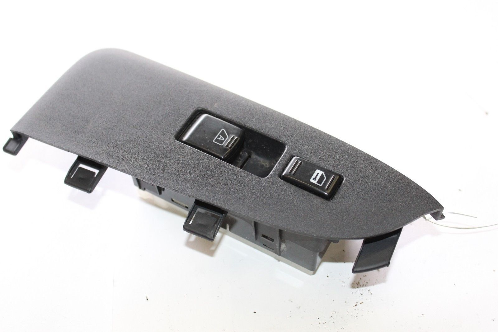 Primary image for 2006-2010 INFINITI M45 SEDAN FRONT PASSENGER RIGHT WINDOW SWITCH TRIM J2371