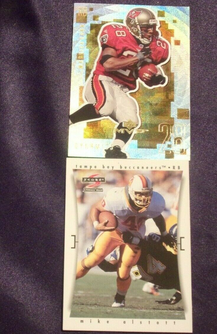 Tampa Bay BuccaneersMike Alstott and Warrick Dunn RB Football Trading Cards AA-
