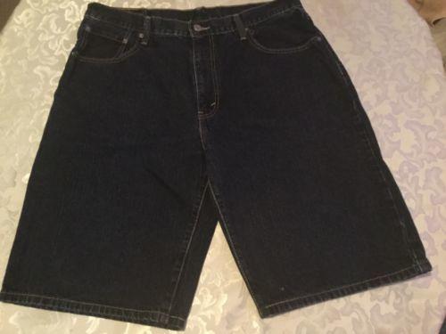 Mens Size 33 Levi Strauss shorts Levi's 569 blue denim jean med. wash loose fit
