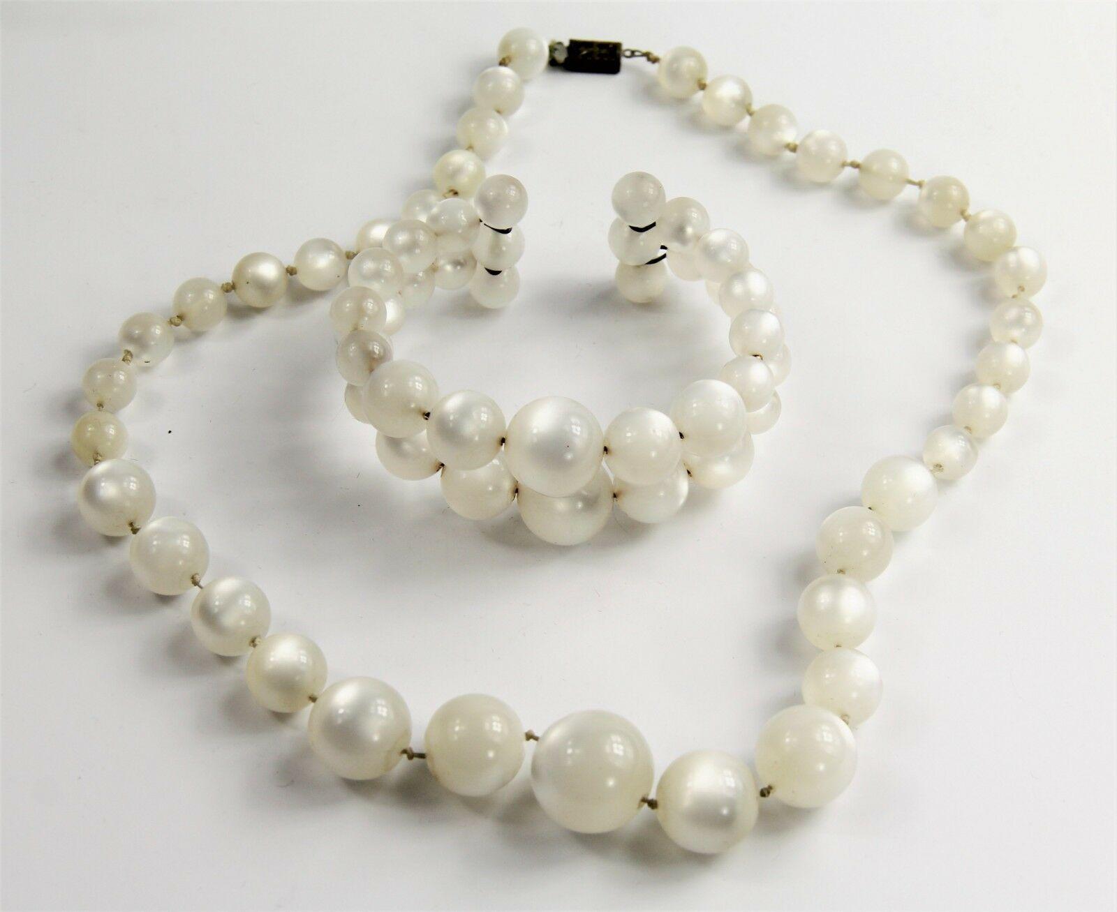 ESTATE VINTAGE Jewelry WHITE MOONGLOW PLASTIC SET CUFF BRACELET &  NECKLACE
