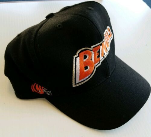 Cincinnati Bengals Team NFL Vintage Fitted 100% Wool Hat 7 1/2 Black 1990s Era