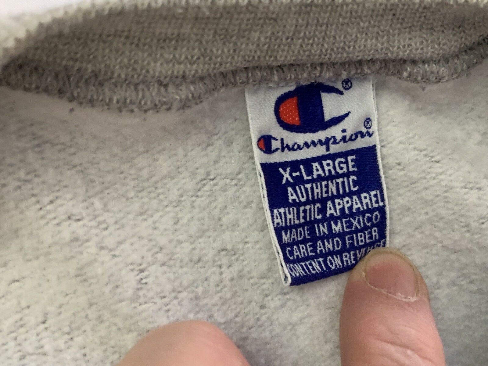millikin university sweatshirt Vintage Champion Brand  XL 90s