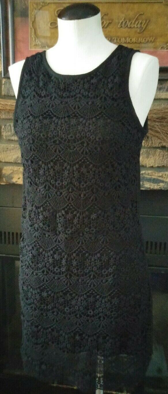 Forever 21 Black Lace Stretchy Sleeveless Cocktail Dress Size Small