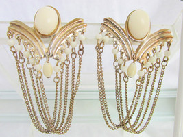 1970s Vintage Disco Dangling Chain Drape Bold V Earrings Gold Plated - £10.99 GBP