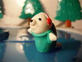 Hallmark Merry Miniature Christ Seal w/ Teal Shirt RARE and HARD TO FIND! - $4.94