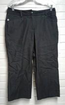 Women's Larry Levine Black Size 8 Stretch Capri Pants - $13.41