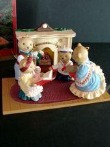 HALLMARK Flickering Light Fireplace & Beringer Bears Family 1993 SET image 3