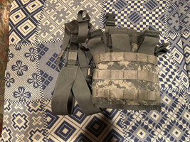 US ARMY Tactical Panel TAP ACU COMBAT CHEST RIG ARMY w/ STRAPS  - $19.99