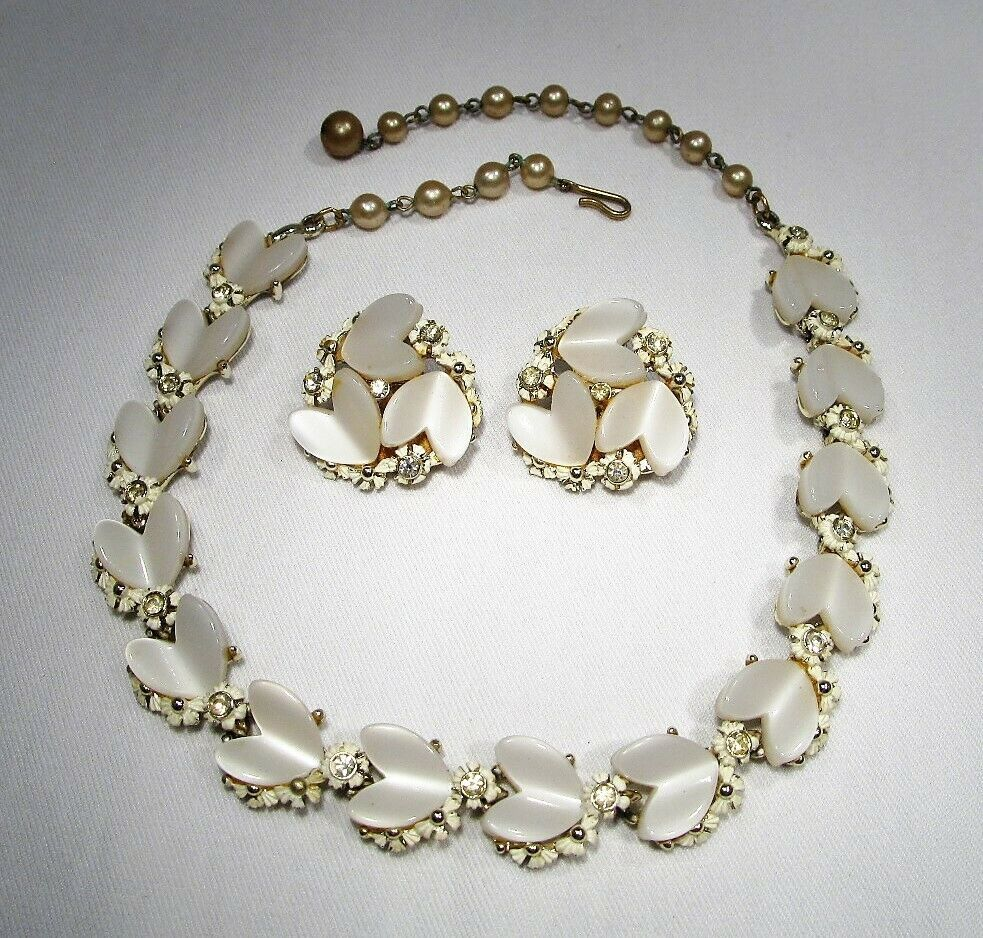 Primary image for Vintage BSK Heart Shaped Lucite Rhinestone Choker Necklace & Earrings Set C2564