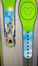 Disney Cinderella Castle Magic Band GREEN Tink Magicband WDW Tinkerbell NIP - $38.51