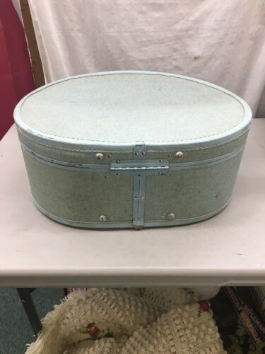 Super-Cool Vintage Samsonite Royal Traveller Blue ROUND HAT-BOX TRAIN SUITCASE