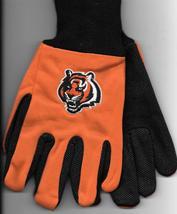 Cincinnati Bengals team Sport Utility Gloves orange blk garden NFL Footb... - $17.77