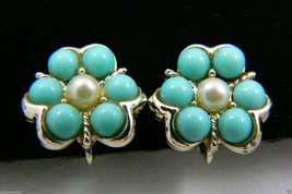 VINTAGE SARAH COVENTRY COV BLUE BEAD & PEARL FAUX BEAD FLOWER CLIP ON EA... - $28.50