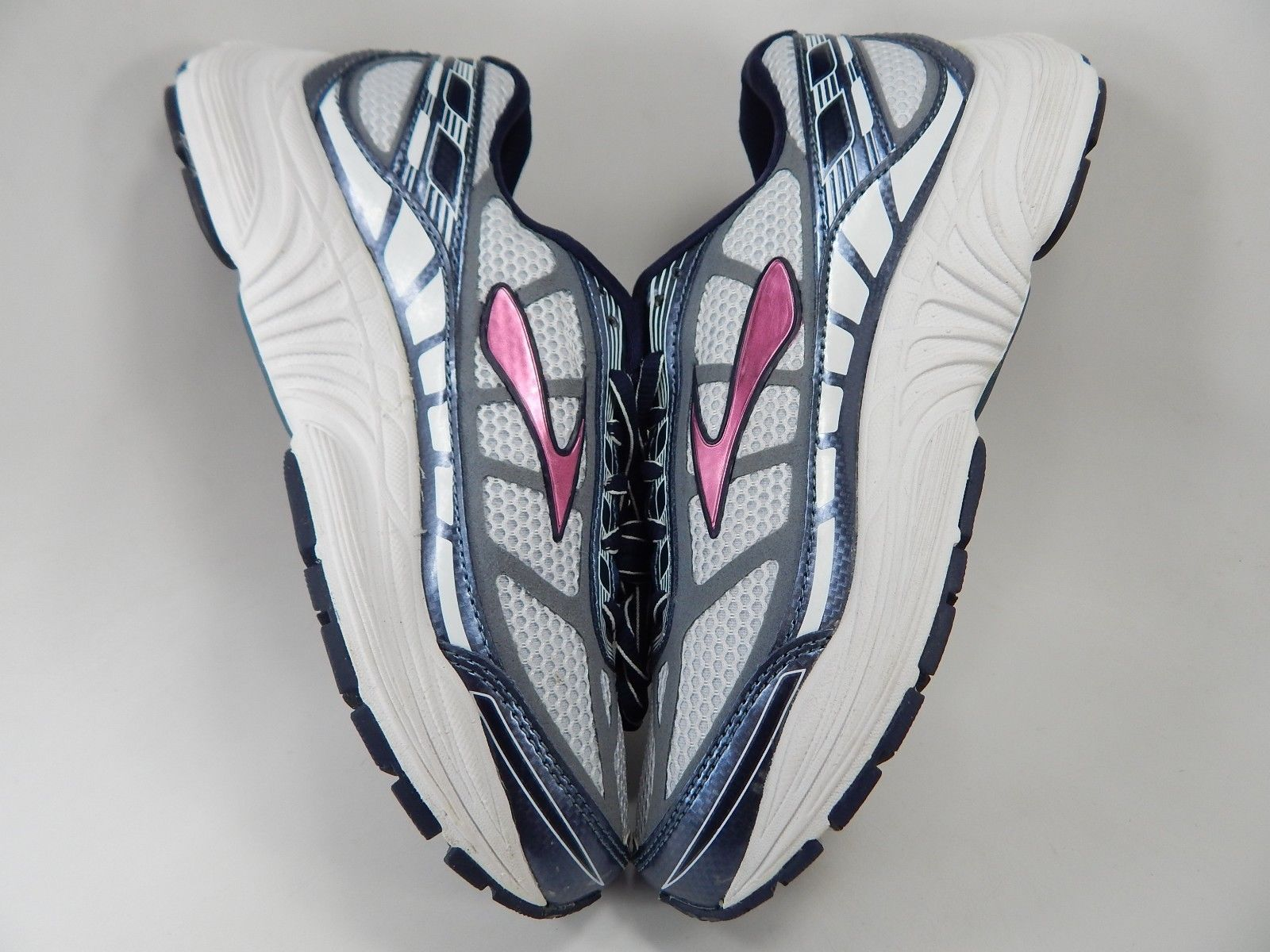 MISMATCH Brooks Dyad 8 Size 6 M (B) Left & 7.5 M (B) Right Women's Running Shoes