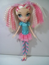 "LA DEE DA SWEET PARTY CYANNE AS PEPPERMINT POSE 10"" DOLL  - $14.65"