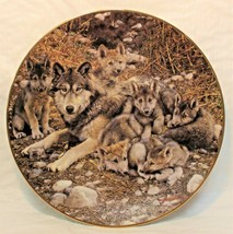 Bradford Exchange A Family Affair Wolves Den Mother Plate Carl Brenders 1st Issu - $27.99