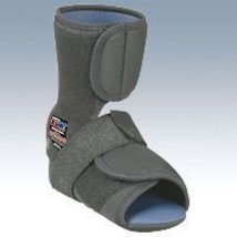 HealWell Cub Plantar Fasciitis Resting Comfort Slipper, Left Medium Black - $50.99