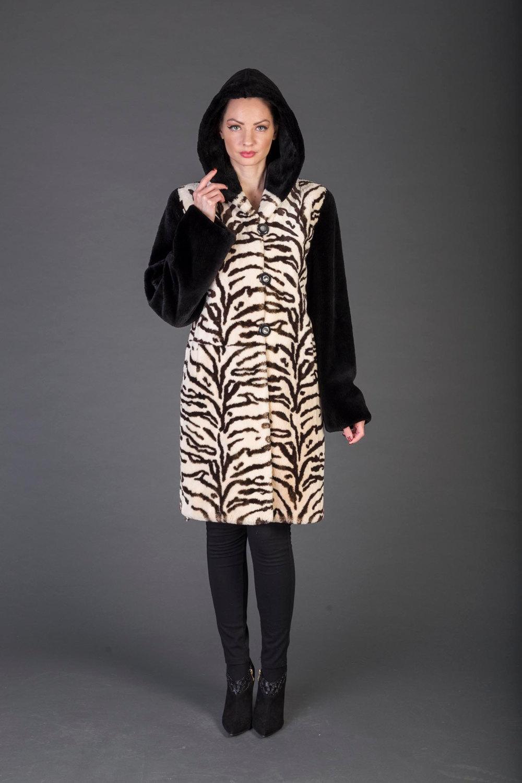 Luxury gift/Beige  Black  Beaver With Pattern Fur Coat / Hooded/Wedding,or anniv image 2