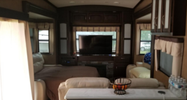 2016 Winnebago Destination 37RD 5th Wheel For Sale in LAS VEGAS NV 89118 image 4