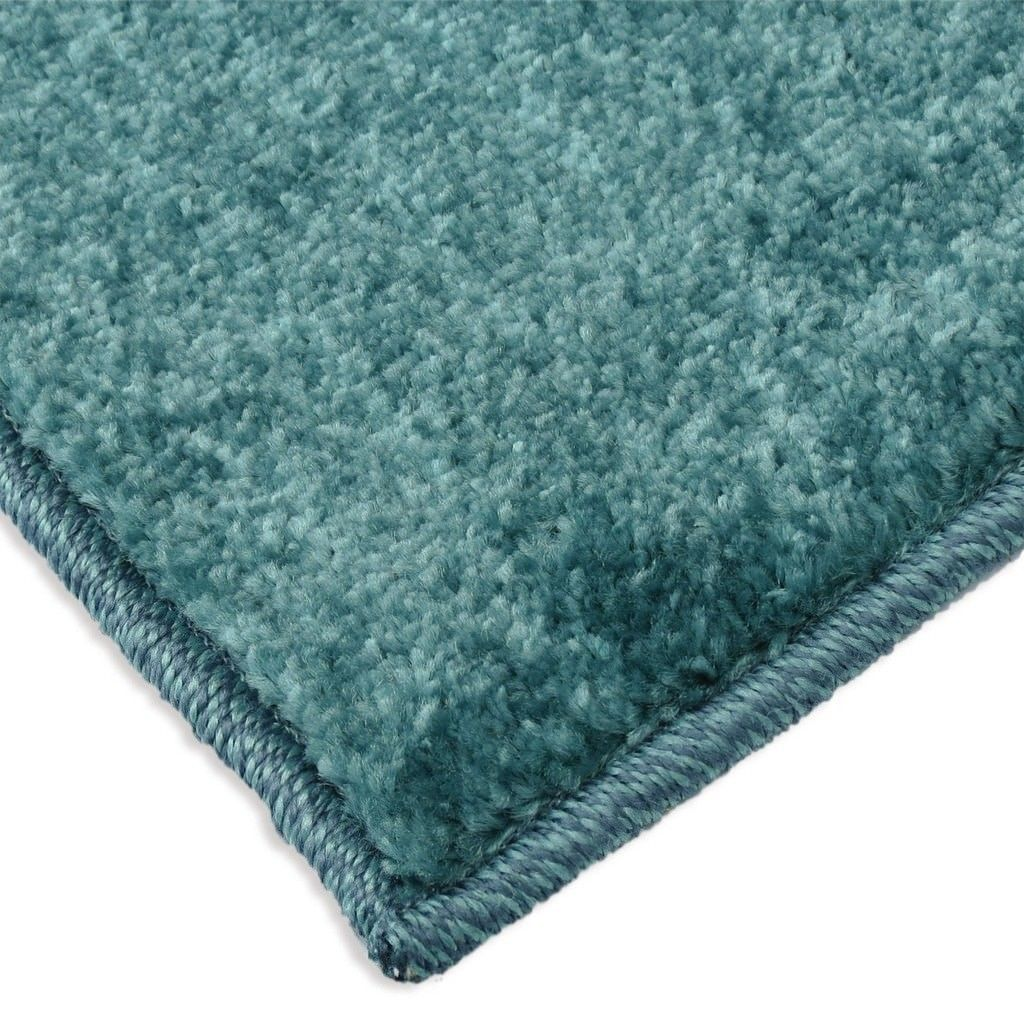 Carolina Weavers Playroom Collection Dotted Border Teal Area Rug (3'10 x 5'2)