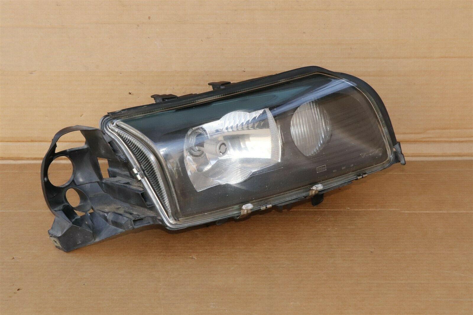 03-06 Volvo s80 XENON HID Glass Headlight w/Corner Light Passenger Right RH