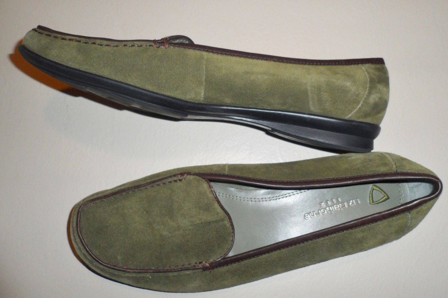 Liz Claiborne Loafers Weekend Shoes Green Suede Leather Flat Slip-on Womens 7