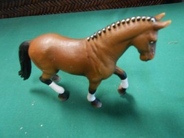 Great Collectible SCHLEICH Horse figure....Made in Germany........SALE - $8.91