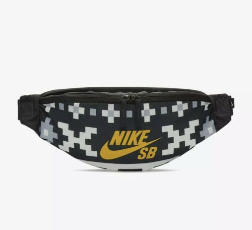Primary image for Nike SB Heritage Printed Skate Hip Pack BA6418-060 Black white yellow