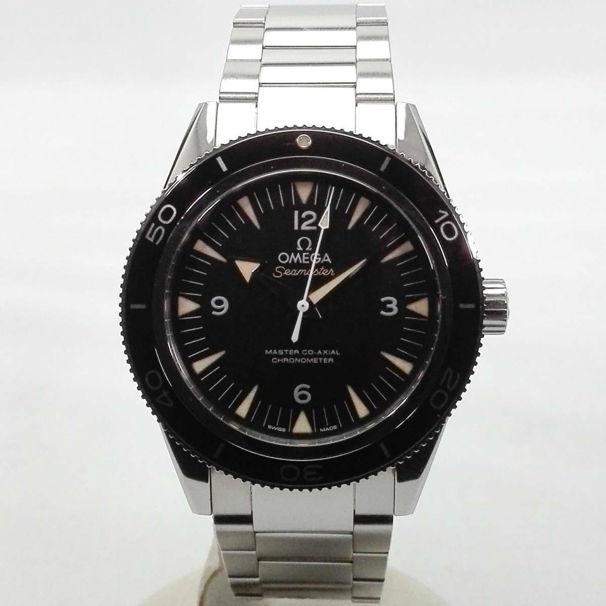 Omega Seamaster 300 master co-axial 23330412101001 automatic self-winding watch