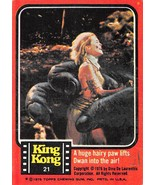 1976 Topps King Kong #21 A Huge Hairy Paw Lifts Dwan Into The Air! > ... - £0.70 GBP