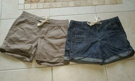 Tommy Hilfiger 2 Pairs of Womens Shorts size 6 - $20.00
