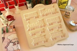 PAMPERED CHEF GINGERBREAD HOME TOWN TRAIN MOLD - ALL ABOARD FOR A TASTY ... - ₨2,699.71 INR