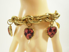 Betsey Johnson LEOPARD Lucite Pink Hearts Charm Bracelet Cable Chain Gol... - $39.59