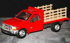 Maisto Ford 350 die-cast replica toy red truck with hay rack AA19-1646 Vintage image 5