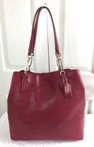 MINT AUTHENTIC COACH Madison LARGE Lisca Tote 26225 RED Pebbled Leather Bag - $2.442,20 MXN