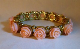 Fawn Pink Blush Stretch Bracelet Molded Resin Roses Rosettes Goldtone - $10.00