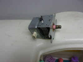 OEM Frigidaire Tappan Microwave Oven Magnetron 5304456105 - $27.99