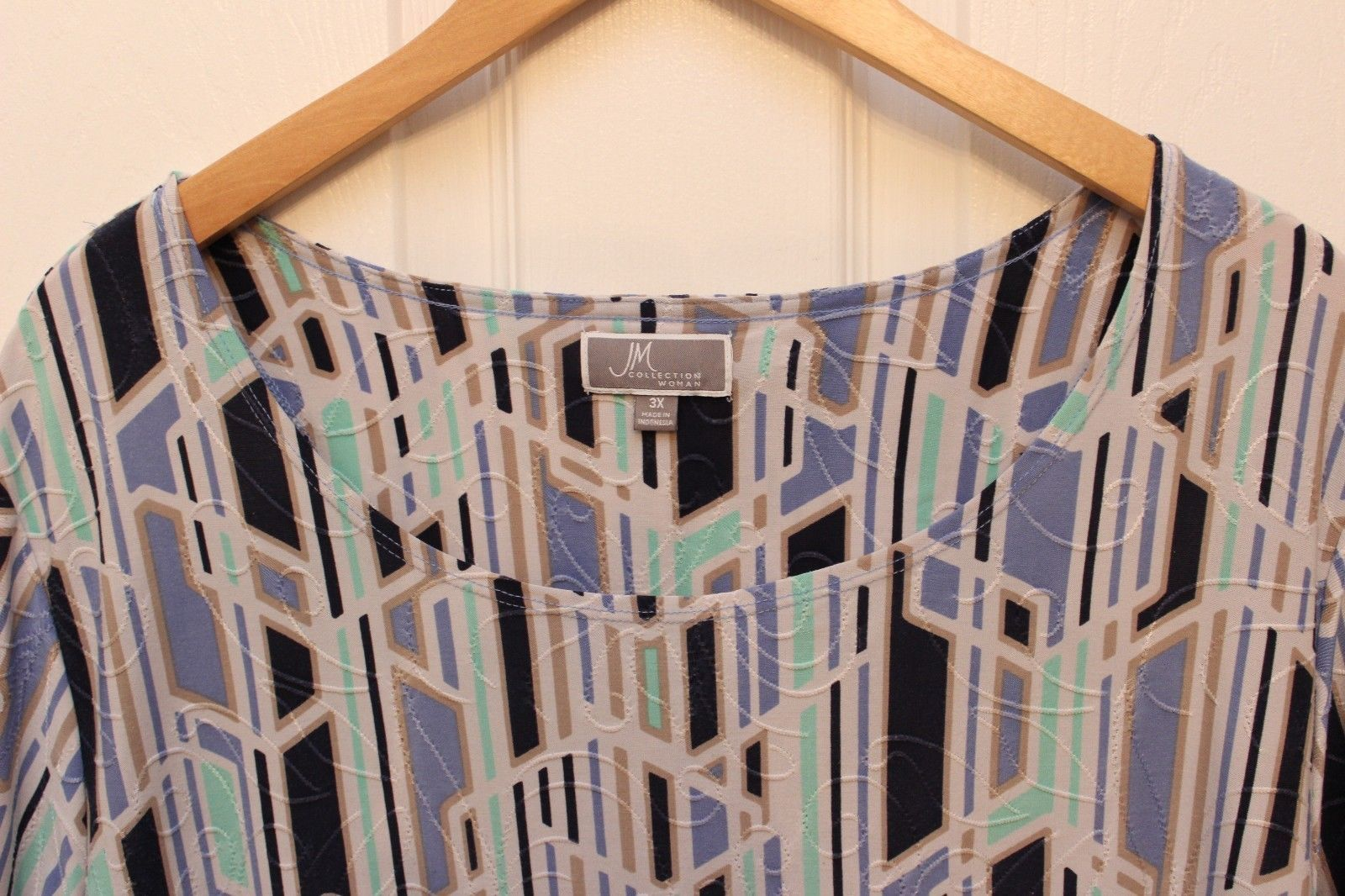 JM COLLECTION TOP Plus 3X Blouse Blue Tan Geometric Linear Print Tunic Pullover