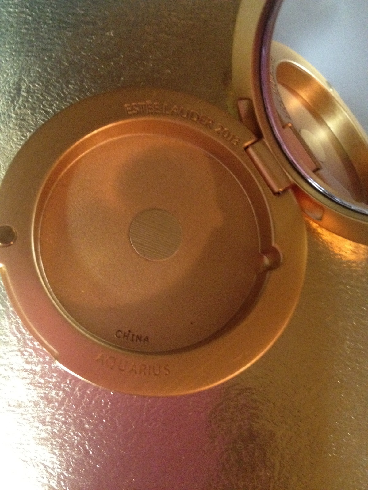 Estee Lauder GOLDEN AQUARIUS Lucidity Powder Compact 2013 Crystal accented