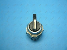 Idec ASD2L10N Selector Switch 2 Position 30.5MM Maintained 1 NO Used - $16.99
