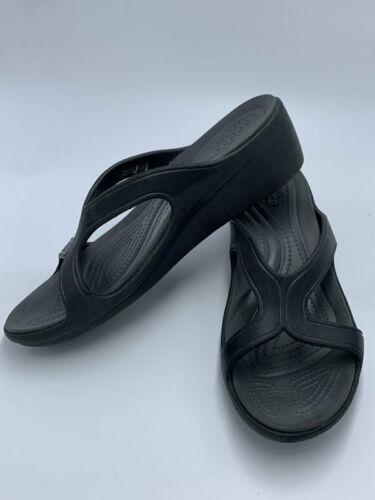Crocs Womens 10 Sanrah Black Graphite Wedge Strappy Sandals Shoes