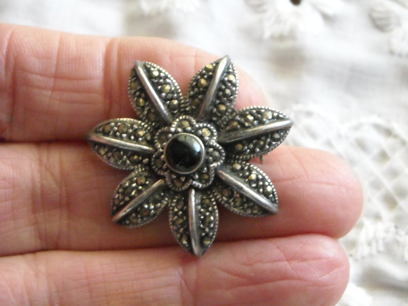 "Vintage Brooch Pin Sterling Silver Marcasite & Black Onyx 1.25"" Star Flower image 3"