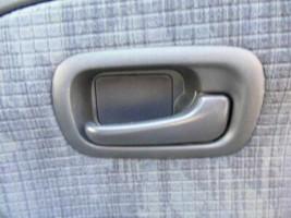 Interior Inner Door Handle Right Rear 2004 Honda CR-V - $25.74
