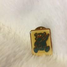 """Vintage Gold Tone KODAK Kolorkins """"Click"""" White Enamel Lapel Pin 1989 .5""""x.75"""" - $12.86"""