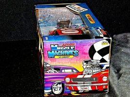 2005 NASCAR Action Camaro Muscle Machine #20 1:24 scale stock car image 5