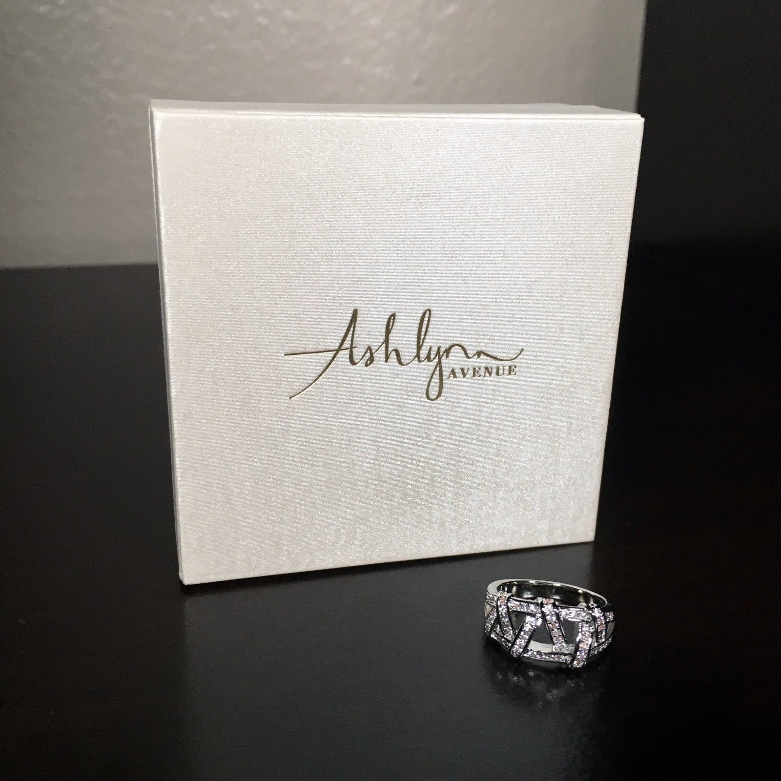 NEW Ashlynn Avenue CZ Aurora 18K White Gold Plated Weave Ring 0.42 Ctw Size 6