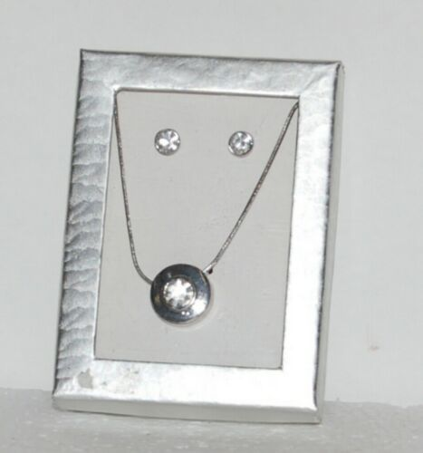 Generic Silver Colored Round Pendant Rhinestones Necklace Earrings Set