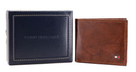 Tommy Hilfiger Men's Extra Capacity RFID Leather Traveler Wallet Tan 31TL240006 image 3